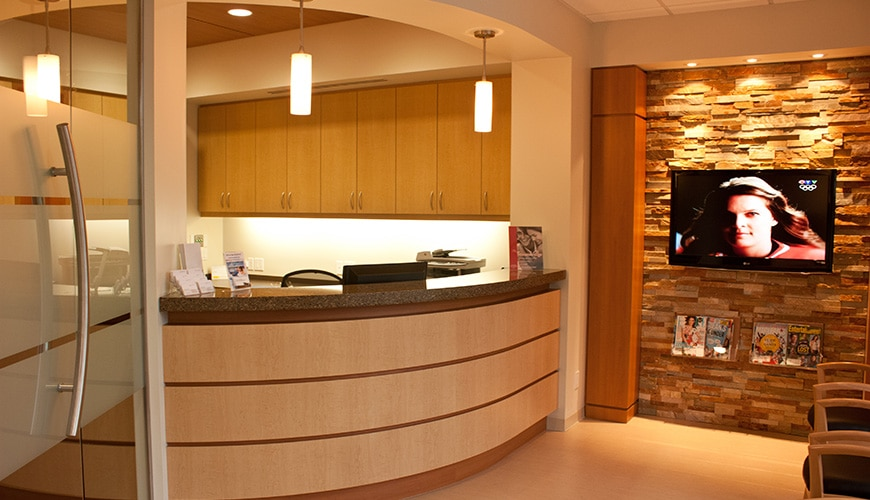 5 CORNER DENTAL_Dental Clinic in Cloverdale BC